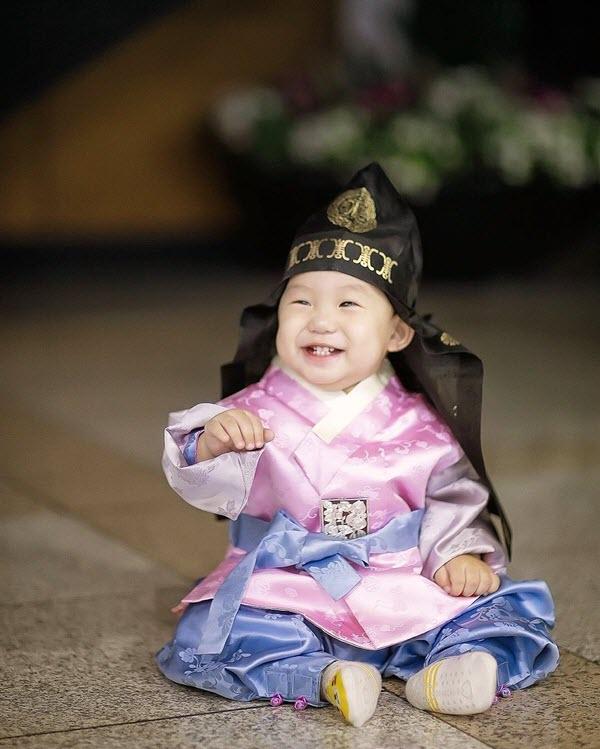 bán hanbok trẻ em