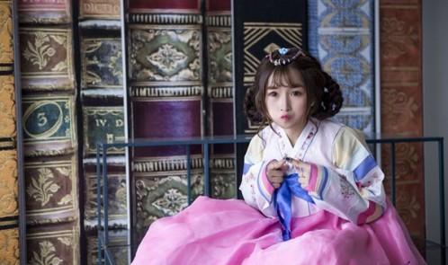 4 hot girl Việt siêu đáng yêu trong trang phục Hanbok của Hàn Quốc